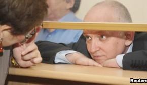 Кому мешает жить Владимир Козлов?